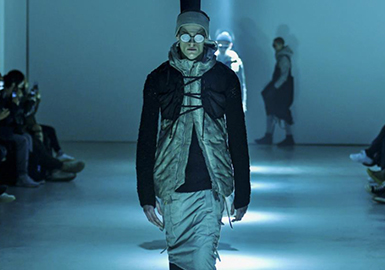 18/19 A/W Men's Catwalk -- Athleisure
