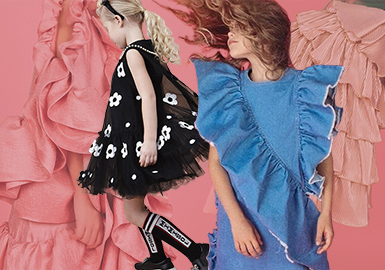 19/20 A/W Girls' Dress -- Detail