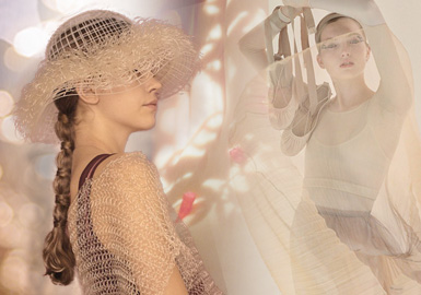 The Music of Light and Shadow -- The Yarn Trend for Women's Knitwear