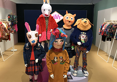 Pattern & Craft -- The Comprehensive Analysis of Pitti Bimbo