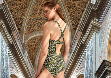 Classic Styles -- The Pattern Trend for Women's Swimwear