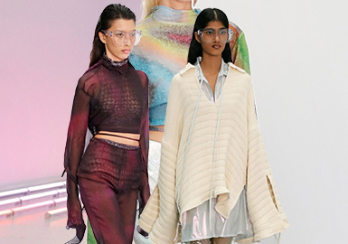 Cycle From Day to Night -- The Catwalk Analysis of Acne Studio Womenswear