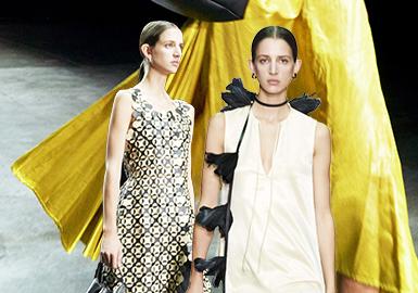 Minimalist and Young -- The Catwalk Analysis of Jil Sander Womenswear