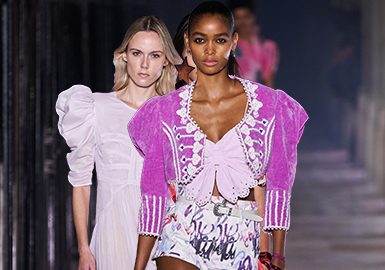 The 1980s Disco -- The Catwalk Analysis of ISABEL MARANT Womenswear
