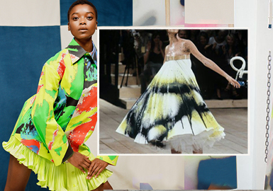Lacquer-Spraying Prints -- The Pattern Craft Trend for Womenswear