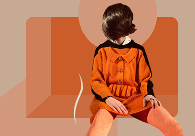 Slight Deconstruction -- The Silhouette Trend for Women's Knitwear